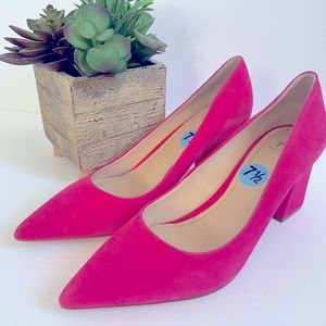 Marc Fisher bright pink suede shoes size 7 1/2